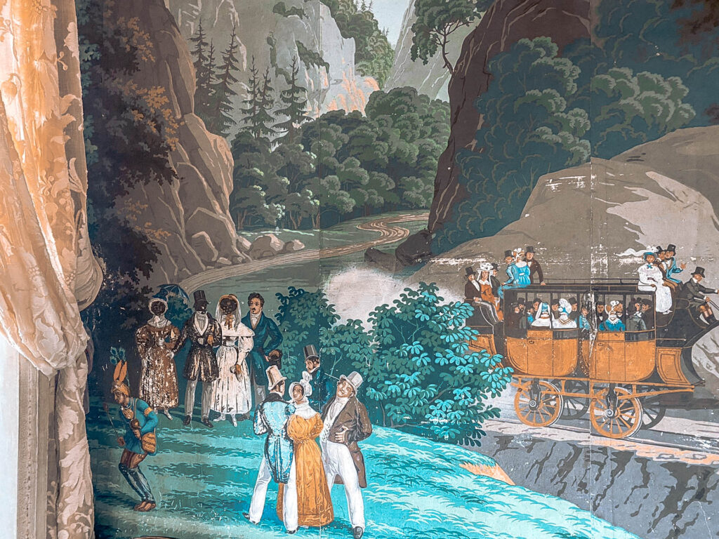 Cena oitocentista em papel de parede Zuber da Casa de Sezim
